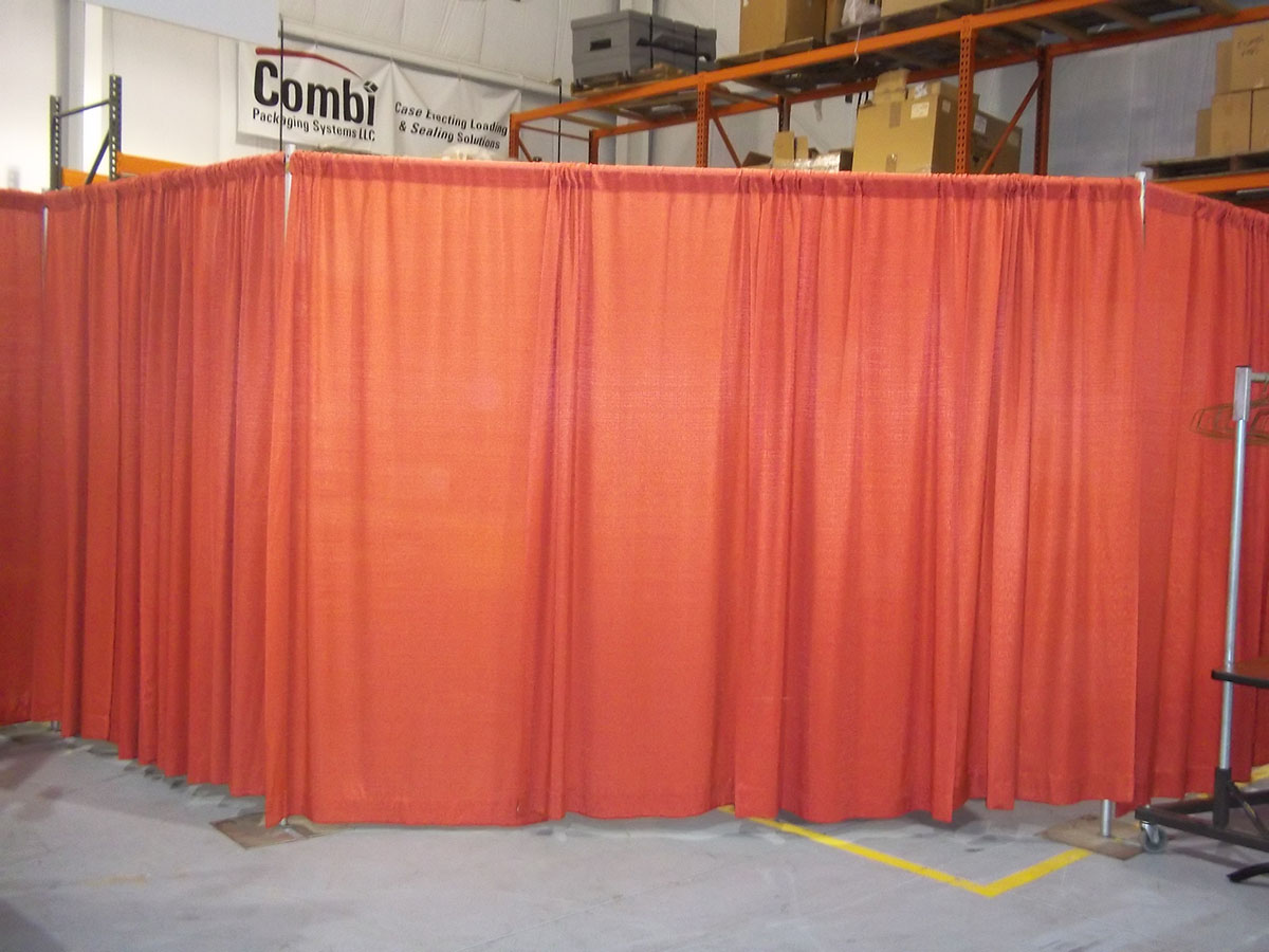 Banjo Red Drape 8' Tall-Multiple Sections