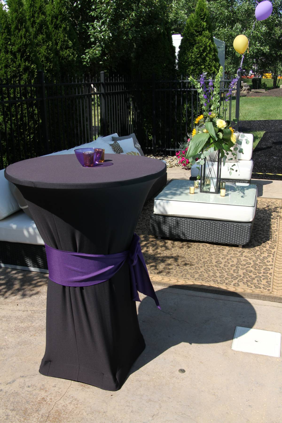 "30"" Round Cocktail Table With Spandex Black Tablecover With Solid Purple Sash"