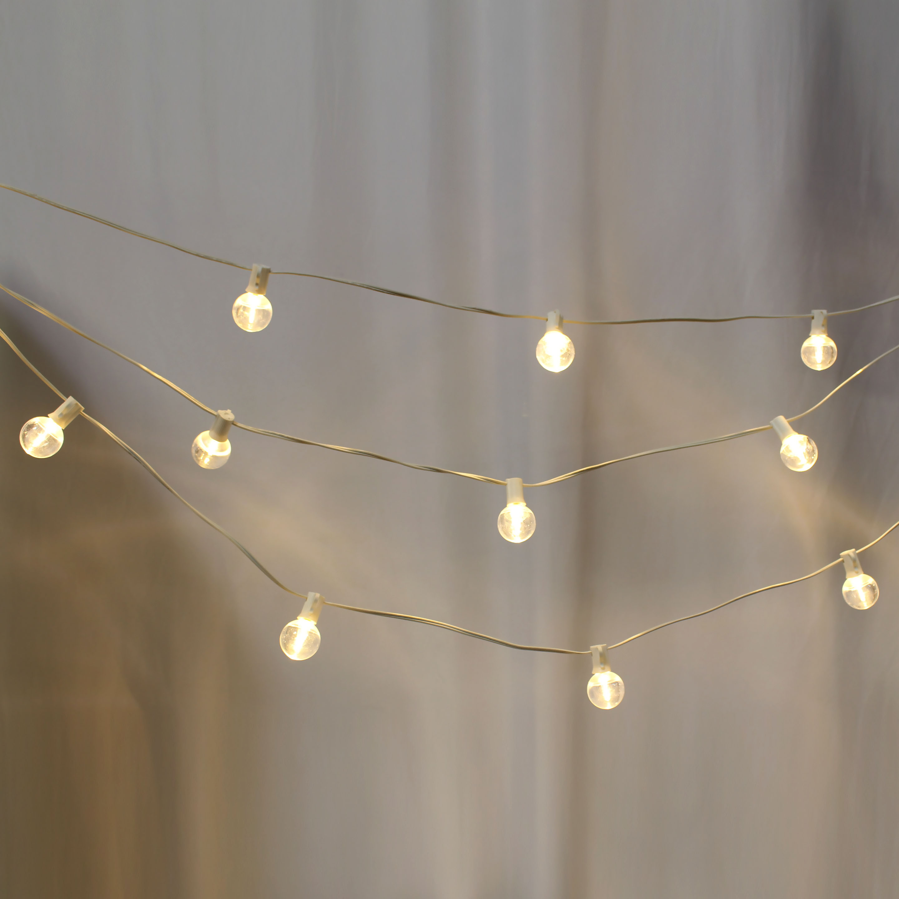 Cafe String Lights 50' White Female Strand
